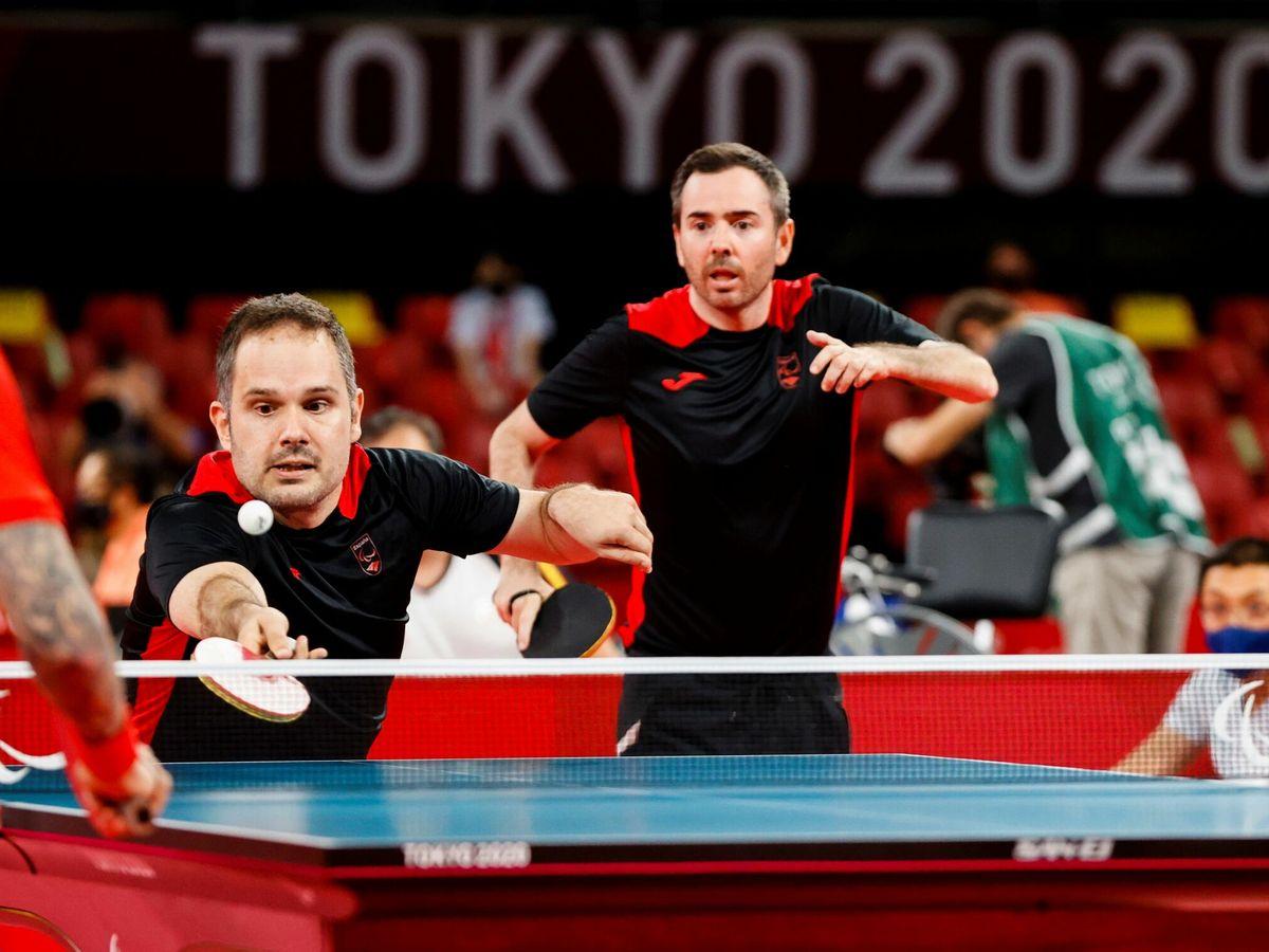 Foto: Los españoles Jordi Morales y Álvaro Varela, en Tokio 2020 (EFE)