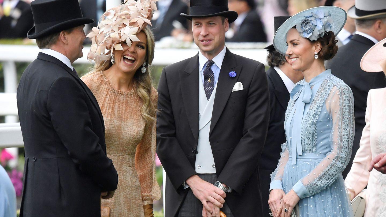 Maxima y Guillermo de Holanda junto a los duques de Cambridge. (Reuters)