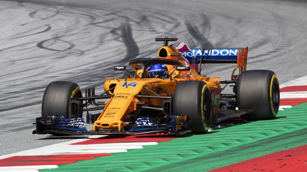Foto: Fernando Alonso volvió a sacar petróleo en una carrera de supervivencia. (EFE)