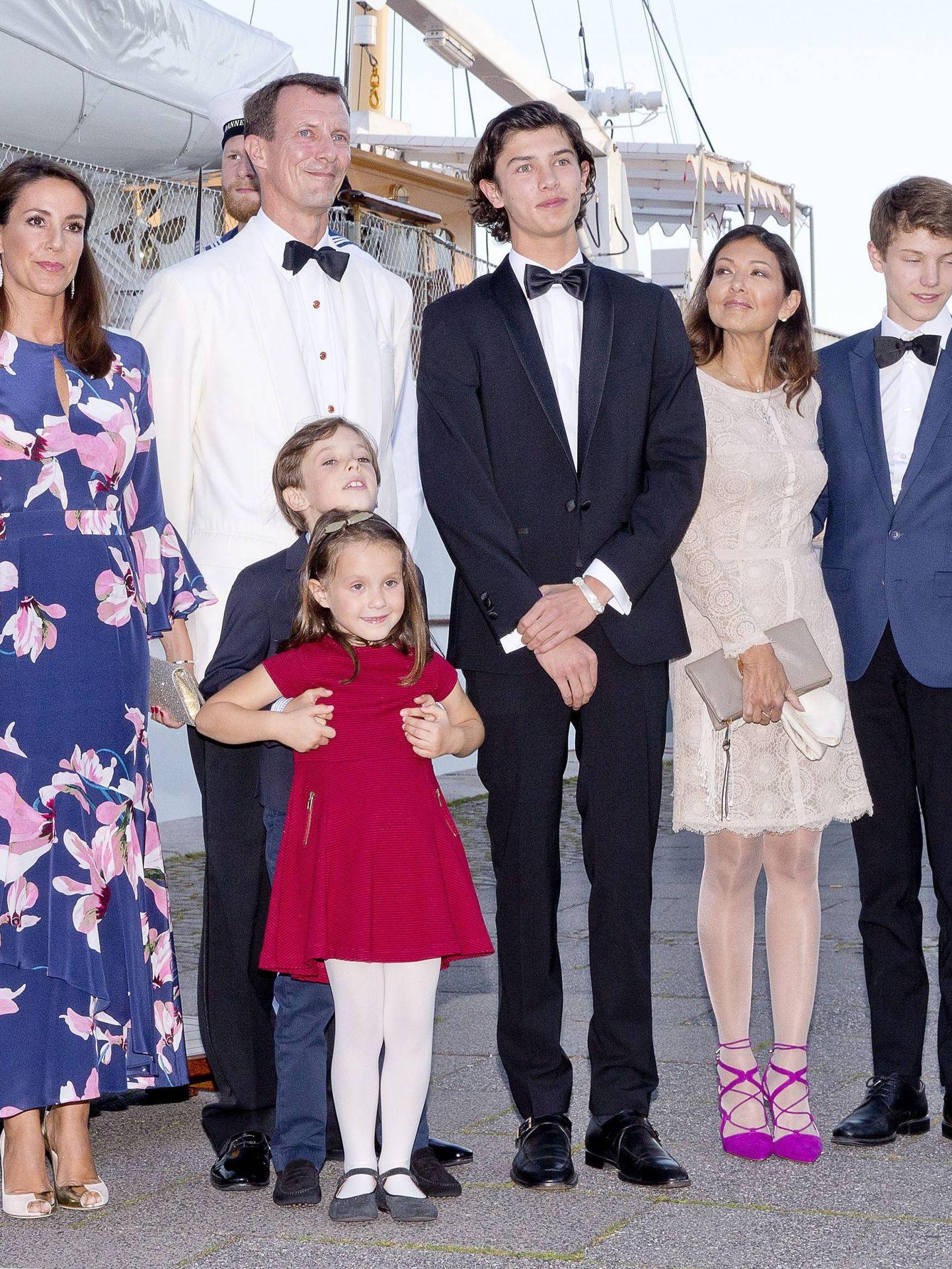 Alexandra y Joaquín de Dinamarca juntos en el 18º cumpleaños del príncipe Nicolás. (Cordon Press)