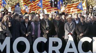 El escaqueo del Gobierno en Cataluña y la irritación de magistrados y fiscales