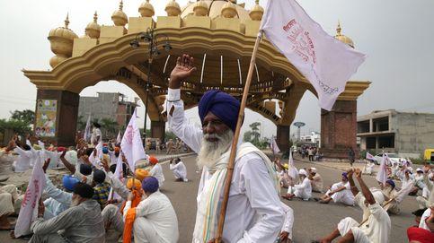 Sindicatos de granjeros indios protestan en Punjab