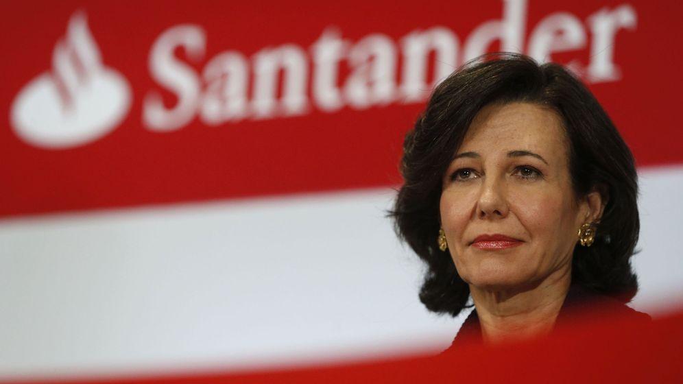 Foto: Ana Botín, presidenta del Banco Santander, la entidad que obtuvo mayores beneficios en 2015. (EFE)