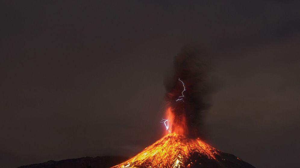 Foto:  Volcán de Fuego de Colima (México) Foto: EFE Sergio Tapiro