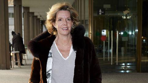 Simoneta Gómez-Acebo recibe la visita del rey Juan Carlos y la infanta Elena