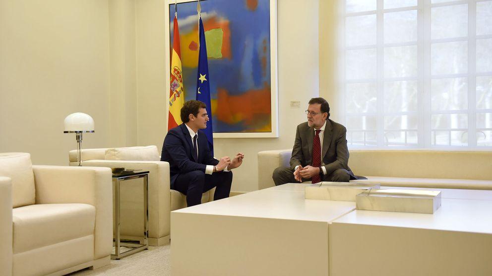 Rajoy cree que Albert Rivera quiere ir con el PSOE el 26-J