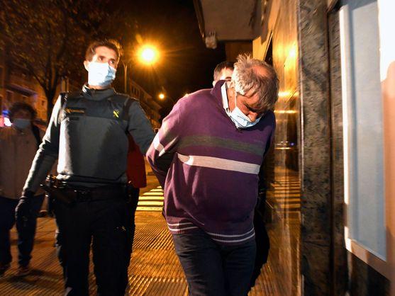 Una sanción de mil euros provocó que el condenado 'atornillara' a la jueza
