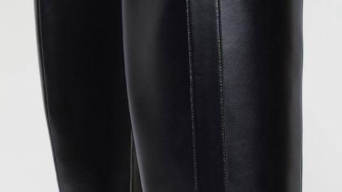 H&M tiene las botas negras sin tacón perfectas para cualquier fondo de armario