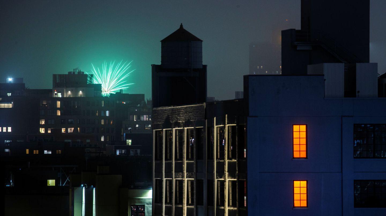 Fuegos artificiales ilegales en Nueva York. (Reuters)