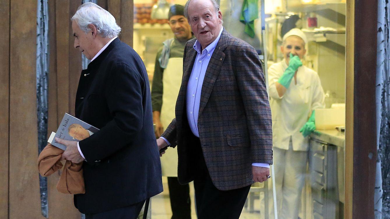 Foto: El Rey Juan Carlos, junto a Miguel Arias (Gtres)