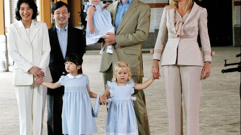 Los príncipes japoneses, en un viaje a Holanda, en 2006. (Gtres)