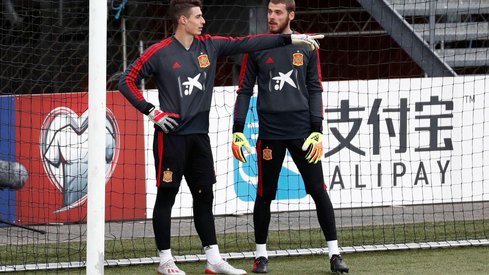 Foto: Kepa y De Gea, durante un entrenamiento con la Selección española. (EFE)