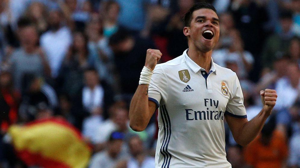 Foto: Pepe celebra el gol marcado en el derbi. (Reuters)