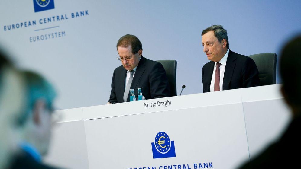 Foto: El presidente del BCE, Mario Draghi, y el vicepresidente, Vitor Constancio (Reuters)
