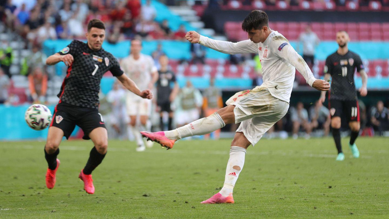 Morata marcó un golazo. (Reuters)