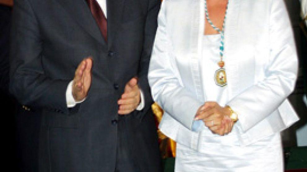 """""""La medalla de Oro de Chaves ha salvado a la Pantoja de la cárcel"""""""