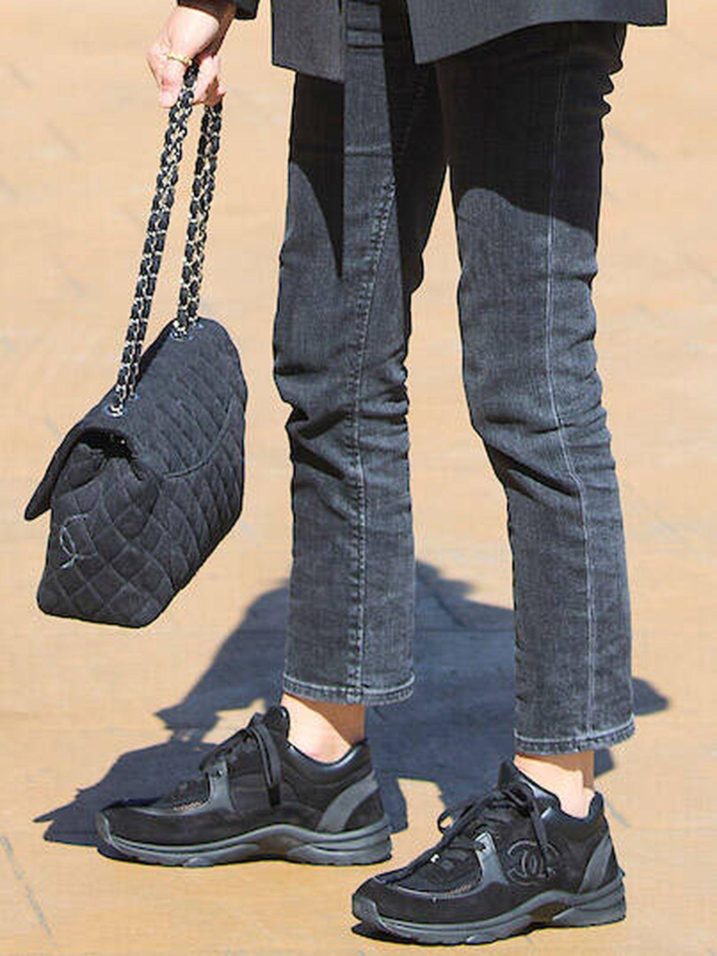 Detalle de sus accesorios de Chanel. (LP)