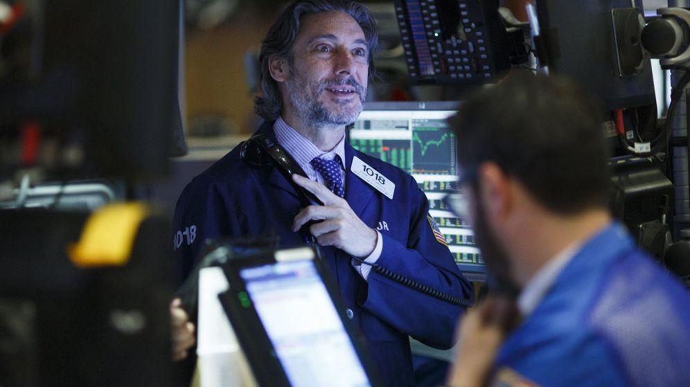 Foto: Inversores trabajan en la Bolsa de Nueva York. (EFE)