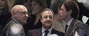 Foto: El Partido Popular toma el palco del Bernabéu con Aznar a la cabeza