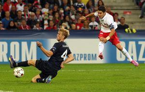 Un gran Soriano lanza al Salzburgo y el Arsenal se la jugará en Londres