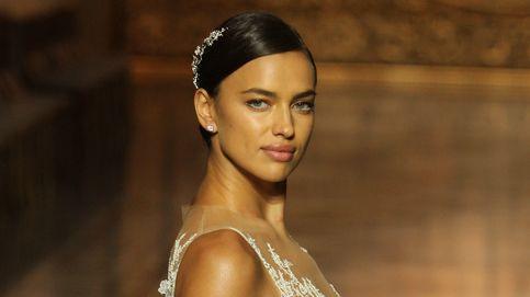 Irina Shayk y Blanca Padilla desfilan para Pronovias en Barcelona Bridal Week