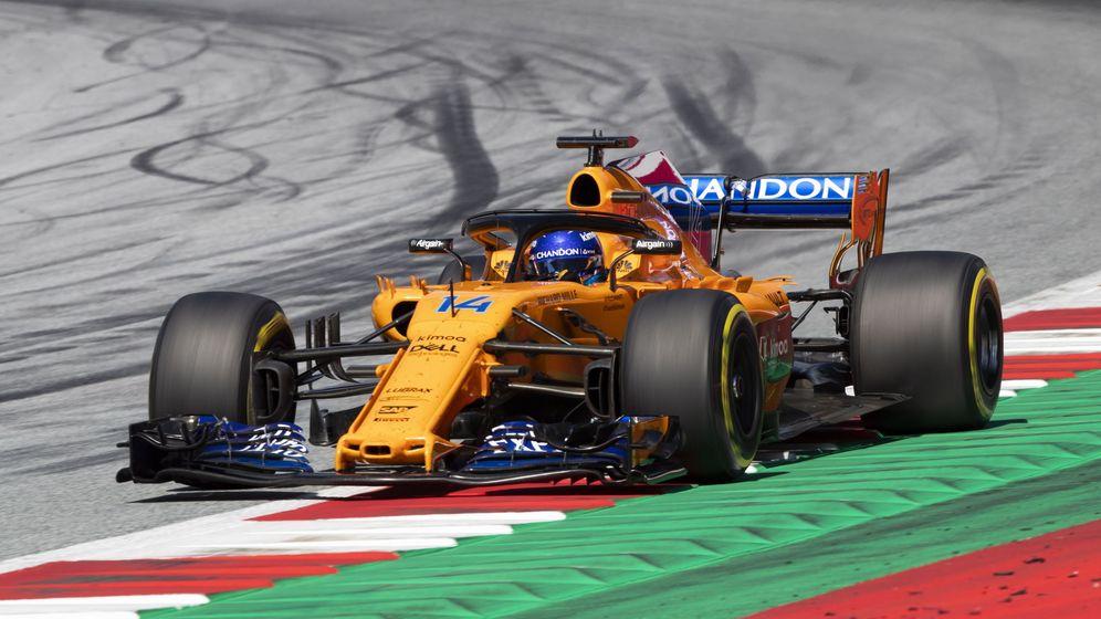 Foto: Fernando Alonso tuvo que competir con el morro antiguo en el GP de Austria. (EFE)