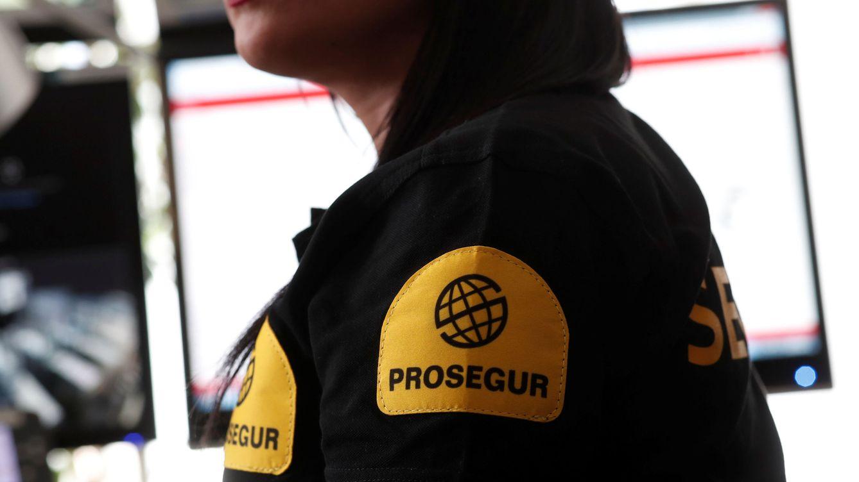 Foto: Imagen de archivo de una empleada de Prosegur. (Reuters)