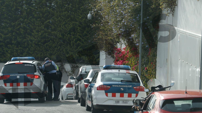 La policía acude al domicilio de Shakira y Piqué. (Vanitatis)