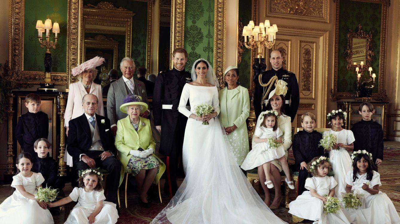 ¿Qué miembro de la familia real falta en la foto deboda de Meghan Markle y Harry?