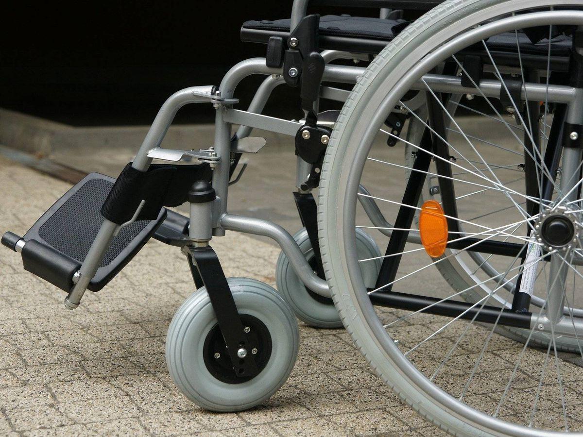 Foto: Una silla de ruedas. (Pixabay)