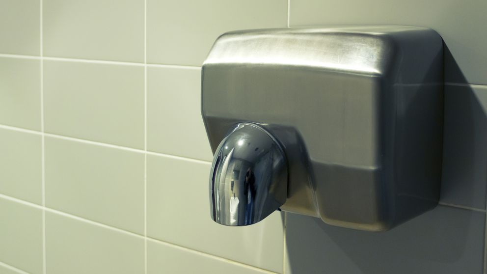 La gran amenaza que se oculta detrás del secador de manos