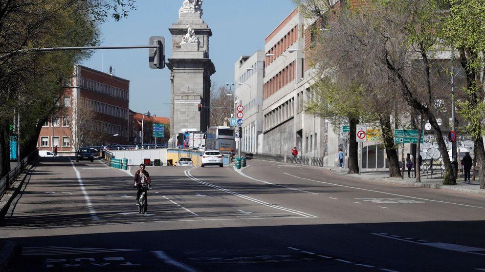 Madrid afronta su primer día de cierres por el coronavirus sin coches ni contaminación