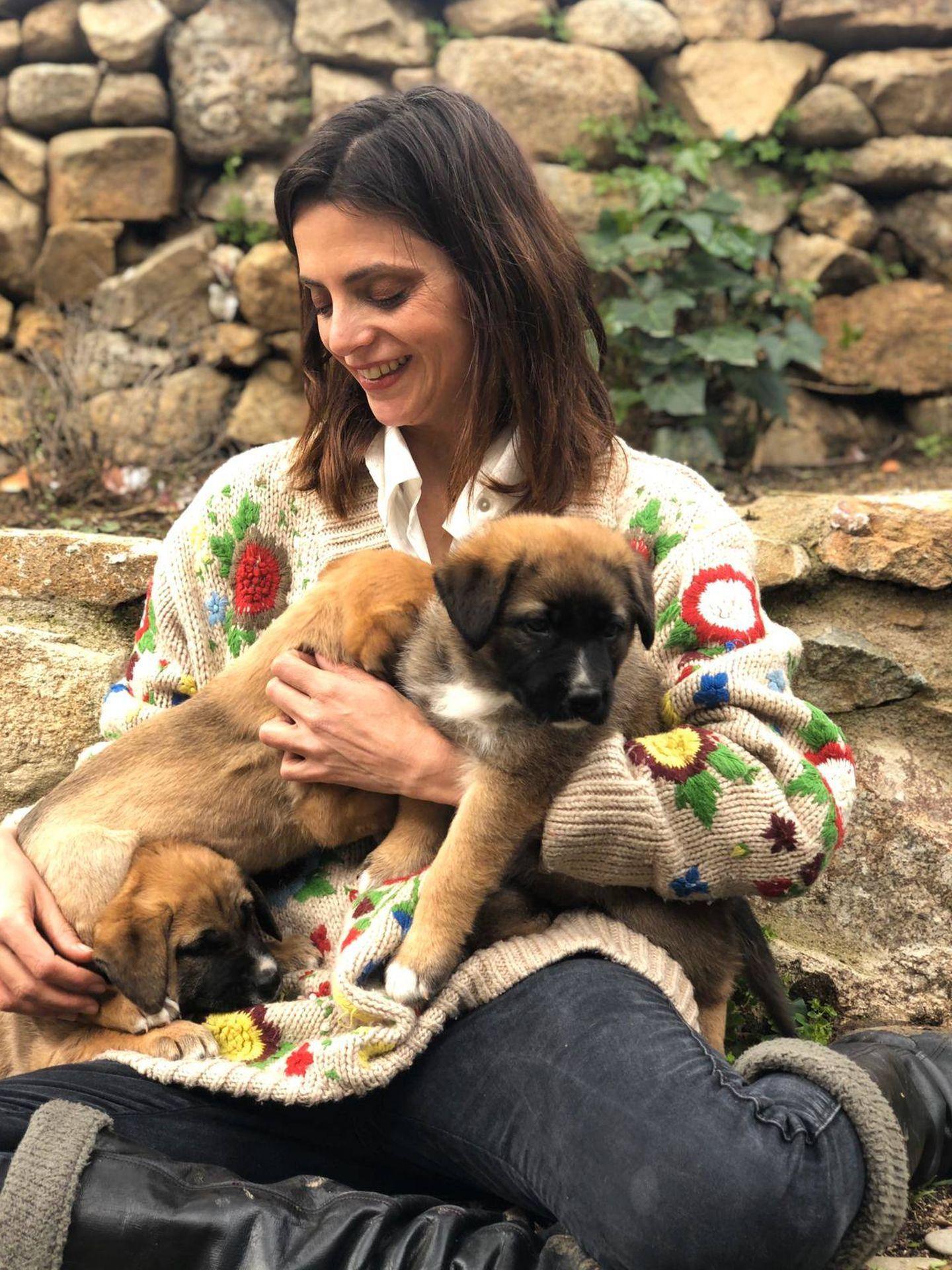 Macarena Gómez, con la nueva camada.