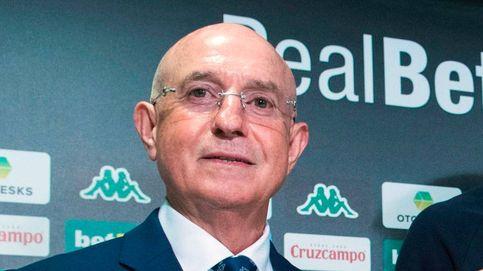 La humillación a Serra Ferrer y el temor del PSOE a perder la 'consejería' del Betis