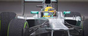 Foto: El arreón de Mercedes, entre la 'inspiración divina' y los test privados
