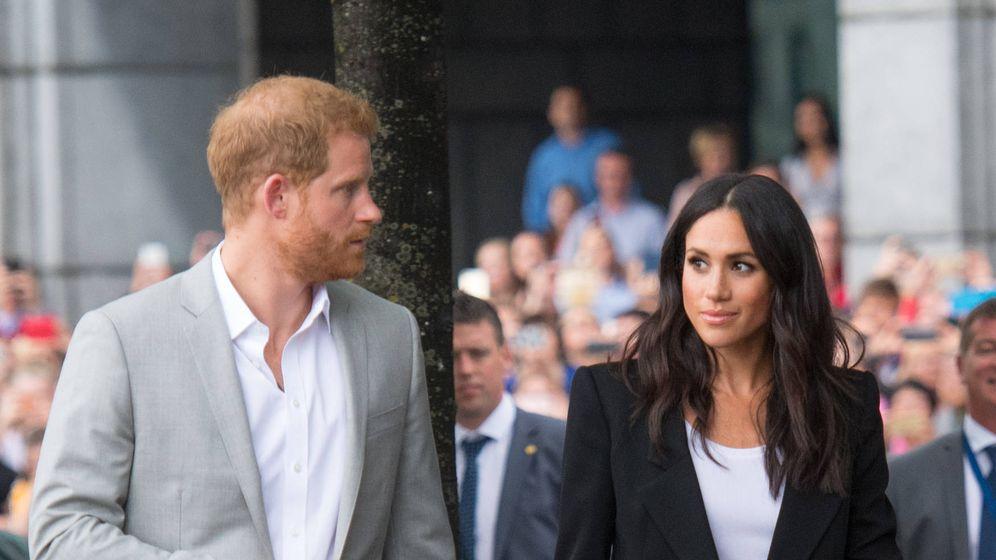 Foto: Meghan Markle y el príncipe Harry durante su visita a Irlanda. (Getty)