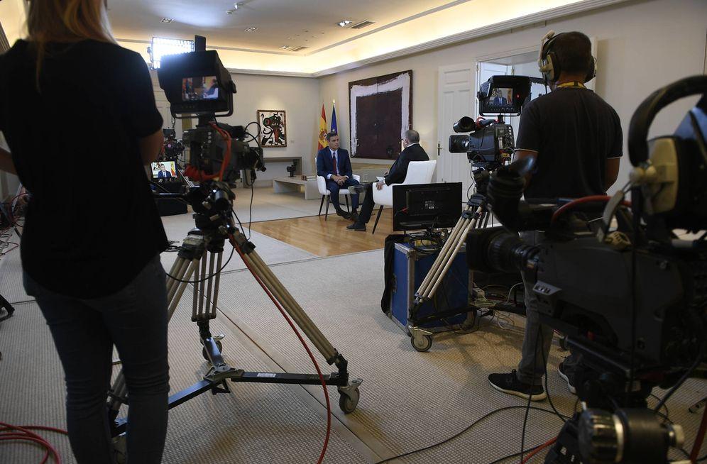 Foto: Pedro Sánchez, durante su entrevista con Antonio García Ferreras en 'Al rojo vivo', este 18 de julio en la Moncloa. (Borja Puig de la Bellacasa | Moncloa)