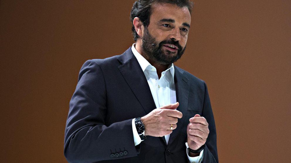 La inminente salida de José Ángel Sánchez trae de cabeza a Florentino