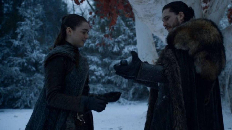 Reencuentro entre Arya Stark y Jon Snow. (HBO)