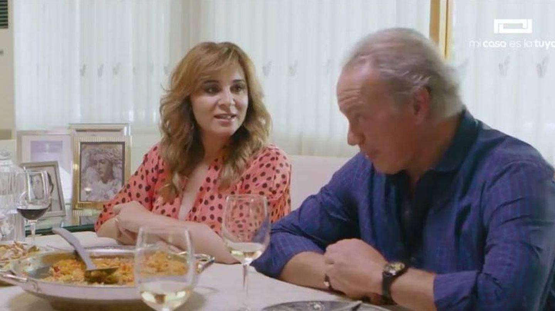 Ana María Aldón, con Bertín Osborne en 'Mi casa es la tuya'. (Mediaset)