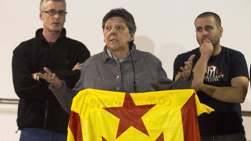 Foto: Tres diputados de la CUP, durante la rueda de prensa posterior al consejo político. (EFE)