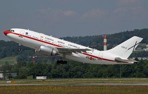 Rajoy regresa a Dublín al saltar una  alerta en el avión en el que viajaba