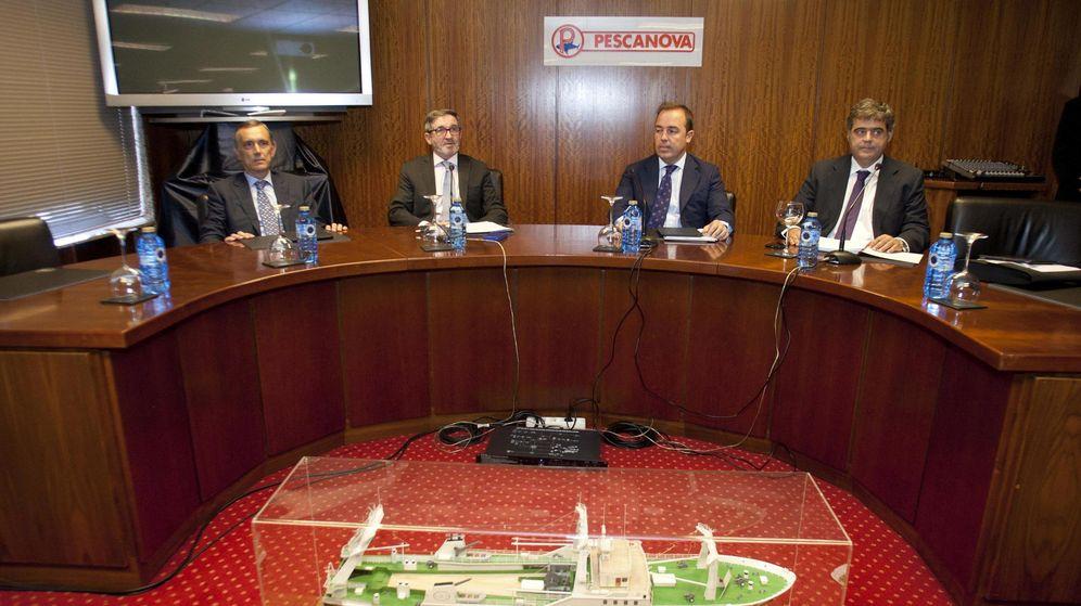 Foto: Los miembros del consejo de Pescanova, Alejandro Legarda, Fernando Herce, Diego Fontán y César Mata (i a d). (EFE)