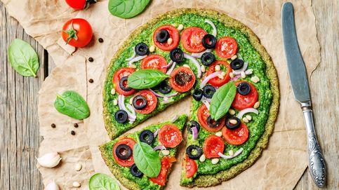 Pizza con masa de brócoli: réstale calorías y súmale salud