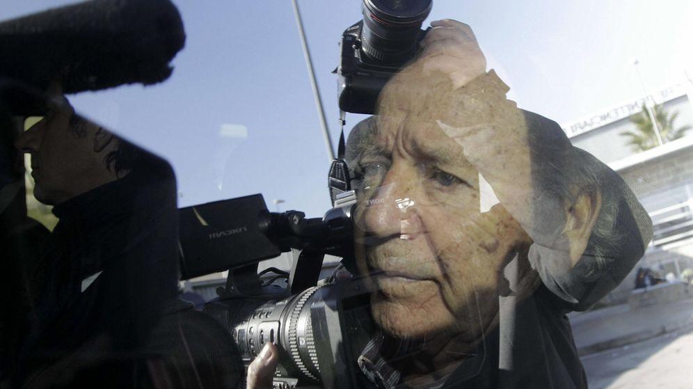 Foto: José Luis Núñez, al salir de prisión por el caso Hacienda. (EFE)
