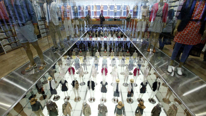 Foto: Imagen del interior de una de las tiendas de Uniqlo. (Reuters)