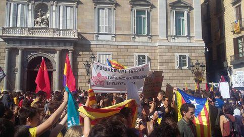 Huelga en las universidades y tensión ante posibles elecciones en Cataluña