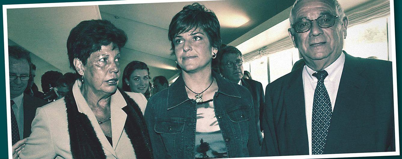 Foto: La extenista junto a sus padres, Emilio Sánchez y Marisa Vicario (Fotomontaje: Vanitatis)