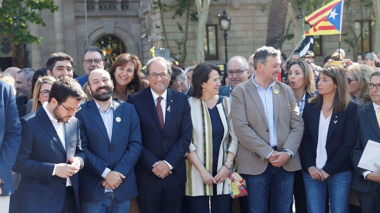Foto: El presidente de la Generalitat, Quim Torra, junto al Govern. (EFE)