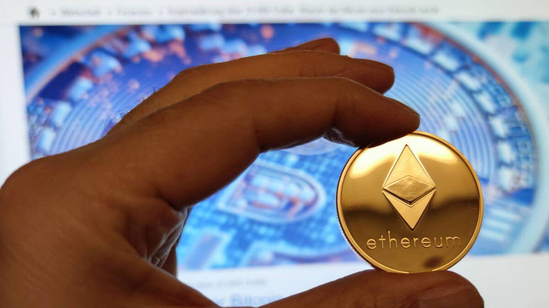 ¿Compras criptomonedas en videojuegos? Así tributan ante Hacienda